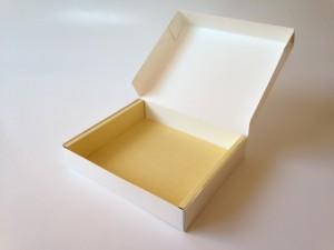 折り畳みワンピース箱5
