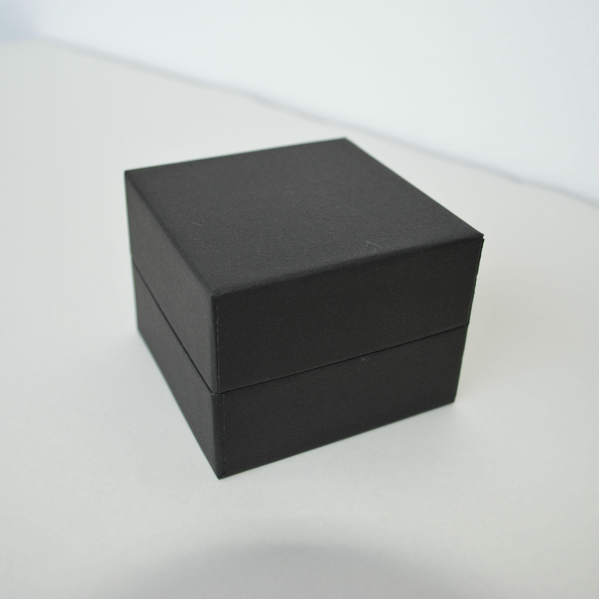 蝶番貼箱3