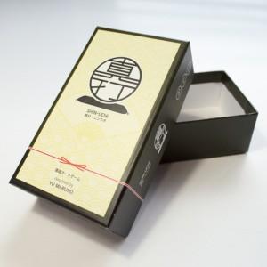 エンボスの貼箱4