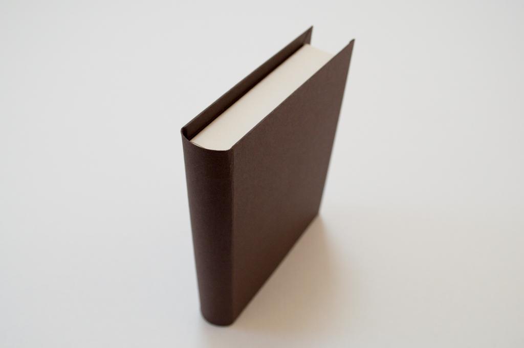 背丸のブック型貼箱3