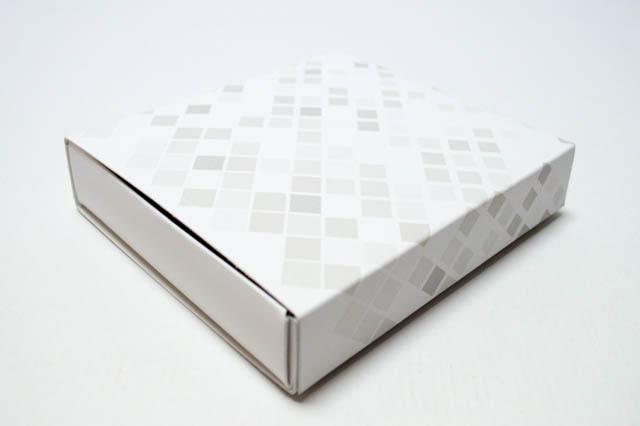 組み立て式の引き出し箱2